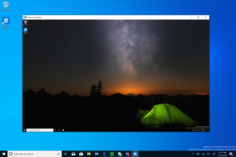 Sfondo giallo visualizzatore immagini windows 10