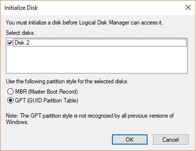 """选择了 GPT 分区样式的""""初始化磁盘""""对话框"""